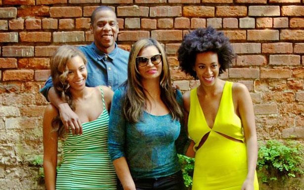 Solange, Jay Z e Beyoncé, todos em paz agora (Site oficial/Reprodução)