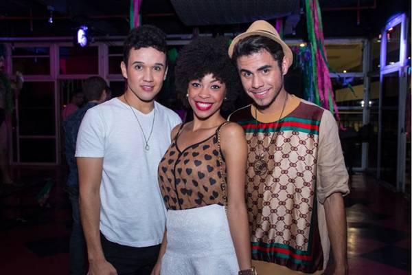 Iury Rocha, Camila Pereira e Luis Fillype (Rômulo Juracy/Divulgação)