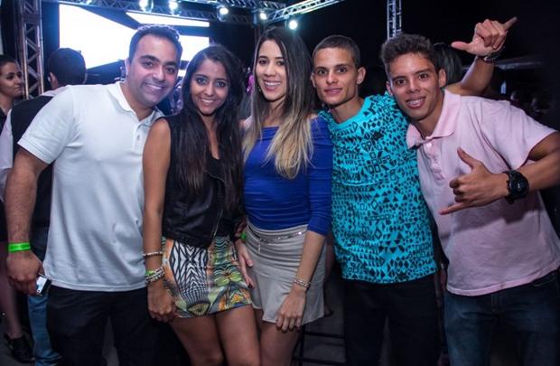 Alexandre Batista, Tati Rangel, Carolina Menezes, Victor Hugo e Marcos Vinicius (Romulo Juracy/Esp. CB/D.A Press)