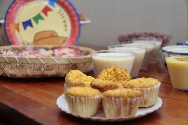 Pamonha assada é o destaque entre os quitutes juninos da Monjolo ( Ana Rayssa/Esp. CB/D.A Pres)