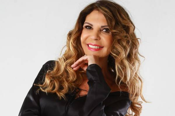 Elba deve interpretar as músicas 'De volta para o aconchego', 'Banho de cheiro' e 'Ai que saudade de ocê' (Marcelo Lyra/Divulgação)