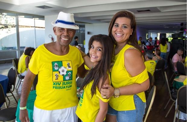 Walter Eugênio, Agatha e Patrícia Marmori (Romulo Juracy/Esp. CB/D.A Press)