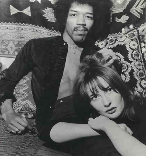 Etchingham foi considerada a musa de Hendrix, inspiração para várias canções (Reprodução/Facebook@Kathy Etchingham)