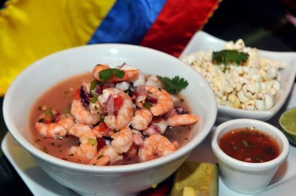 O ceviche equatoriano não é feito com pimenta, e a pipoca entra no lugar do milho como acompanhamento (Antonio Cunha/CB/D.A Press)