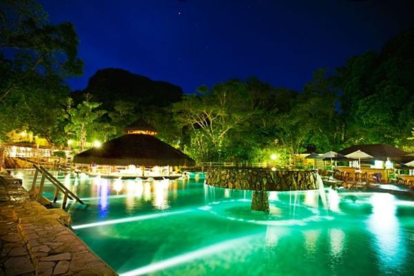 As piscinas de águas termais são a principal atração do Rio Quente Resorts (Pousada do Rio Quente Resorts/Divulgação)