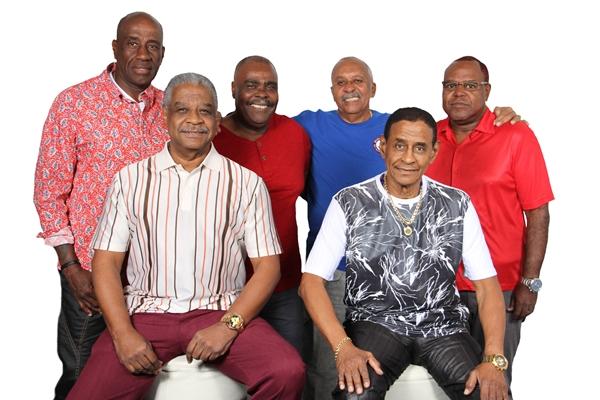 O grupo carioca Fundo de Quintal abre as celebrações dos 54 anos de Sobradinho (Um nome comunicação/Divulgação)