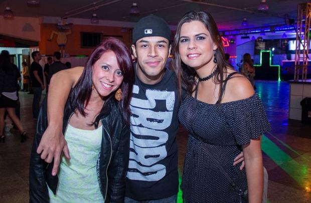 Ana Caroline, Pedro Tavares e Suellen Melia (Rômulo Juracy/Esp.CB/D.A Press)