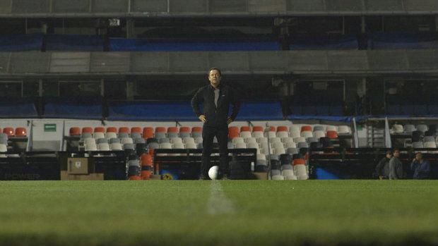 'Atrás da bola' estreia na sexta-feira, relacionando o futebol com as artes plásticas (Netflix/Divulgação)