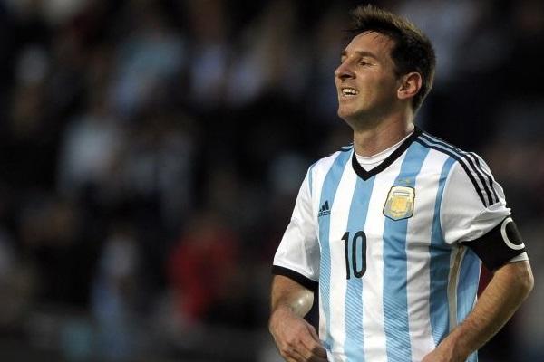 Dirigido por Hernan Zin, a produção fala como o mundo do futebol funciona e os fatores que levam um jogador a ser bem-sucedido ou não ( Alejandro Pagni/AFP Photo)