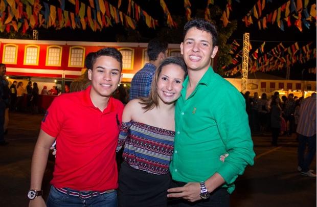Francisco Igor, Vitoria Helena e Caio Brandão (Rômulo Juracy/Esp.CB)