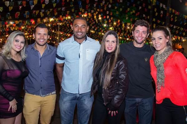 Helen Bastos, Elcio Godoy, Davi Viana, Shirlei Benguino, Fabrício Rocha e Carol Zanatta (Rômulo Juracy/Esp. CB/D.A Press)