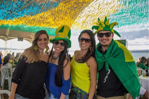 Fabiana Resende, Tatiane Oliveira, Pollyanna Oliveira e Vinicius Postai ( Romulo Juracy/Esp. CB/D.A Press)