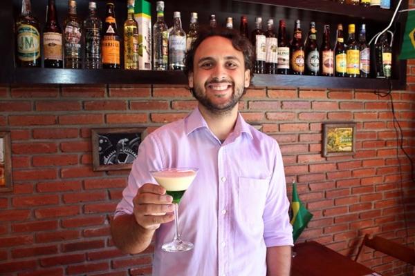 Bruno Calderon criou drinques para 11 países no Salomé  (Oswaldo Reis/Esp. CB/D.A Press)