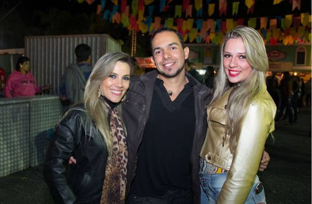 Germana Cristina, Allan Alves e Lise Caroline (Rômulo Juracy/Esp. CB/D.A Press)