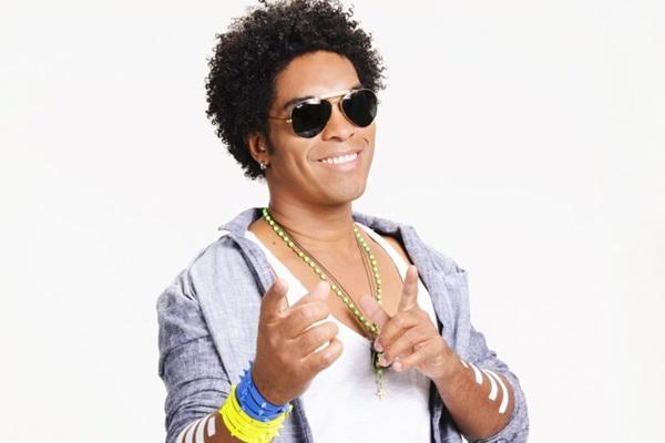 No vocal,  Denny deve tocar as canções 'Mimar você' e 'Água mineral' (Sérgio Murici/Divulgação)