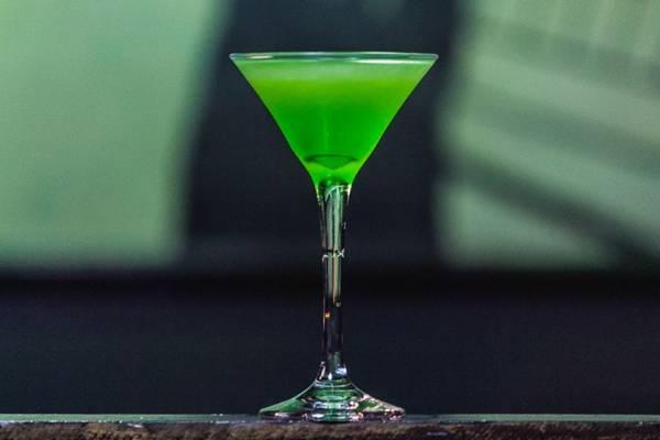Para os fãs de drinques, o Gate's Lounge Bar oferece clássicos da coquetelaria (Felipe Menezes/Divulgação)
