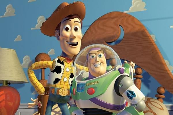 Xerife Woody e Buzz Lightyear, personagens do filme de desenho animado Toy Story (supernovo.net/Reprodução da Internet)