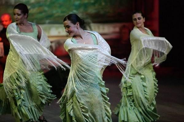 Espetáculo de dança flamenca traz elementos da cultura espanhola (Nicolau El-moor/Divulgação)
