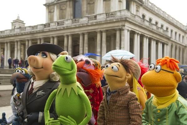 Os simpáticos Muppets saem em turnê internacional pela Europa e são enganados pelo produtor (Walt Disney Pictures/Divulgação)