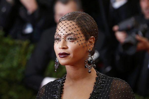 Beyoncé encabeça a lista dos mais poderosos de 2013 (REUTERS/Lucas Jackson )