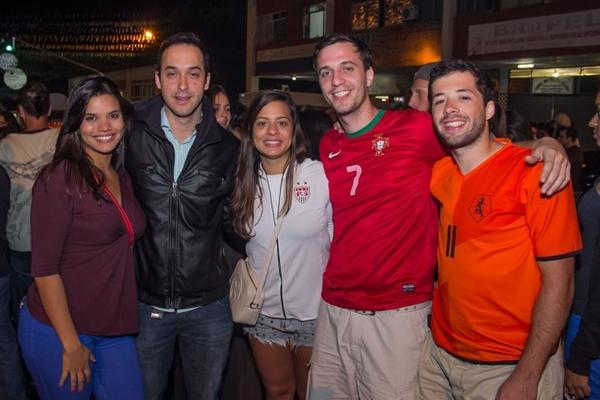 Isabela Teolbado, André Callier, Anita Câmara, Neto Jatobá e Guilherme Russo (Rômulo Juracy/Esp. CB/D.A Press)