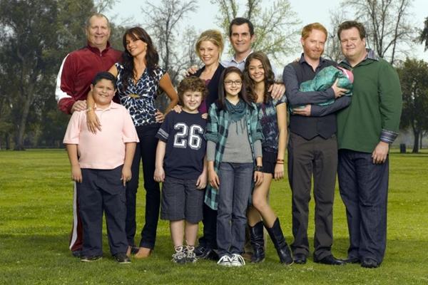 Elenco de Modern Family: as três famílias que fazem parte da comédia  (Fox/Divulgação)