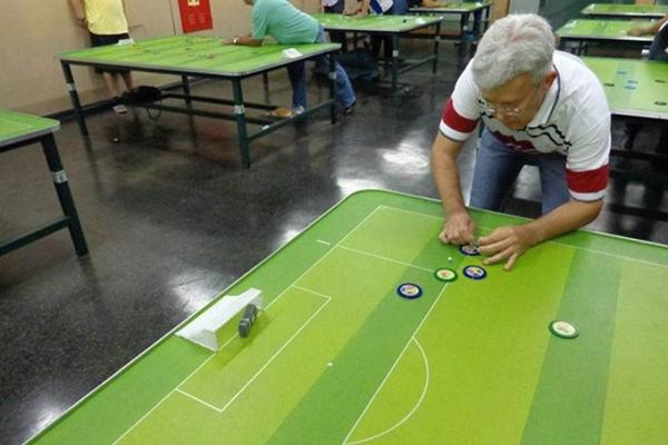 José Ricardo Caldas e Almeida ( diretor ) da Federação Brasiliense de Futebol de Mesa (Arquivo Pessoal)