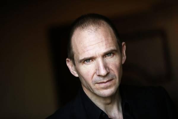 Ralph Fiennes brilha no papel do encarregado pelo lobby do hotel (REUTERS/Lucy Nicholson)