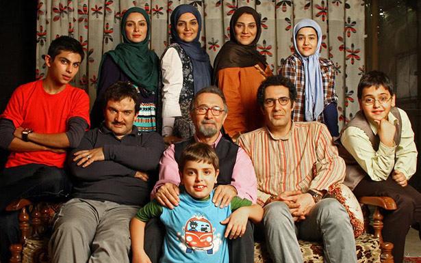 Elenco de 'Haft sang', que estreou em 29 de junho na TV iraniana: casal gay formado por Mich e Cam foi trocado por marido e esposa com problemas de fertilidade (Islamic Republic/Divulgação)