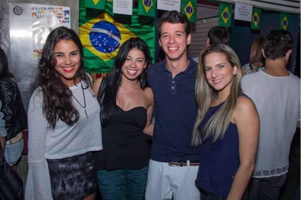 Clara Costa, Moema Andrade, Manoel Neto e Thaís Falcão (Romulo Juracy/Esp. CB/D.A Press)