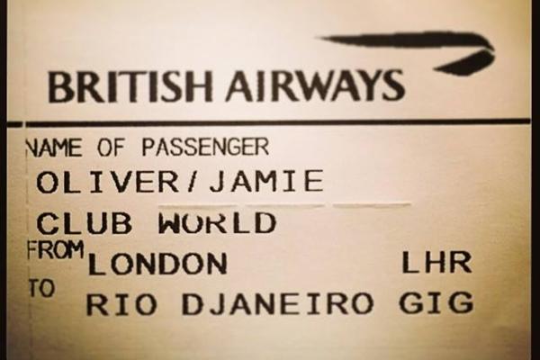 Bilhete que confirma embarque de Jamie Oliver para o Basil  (Facebook/Reprodução)