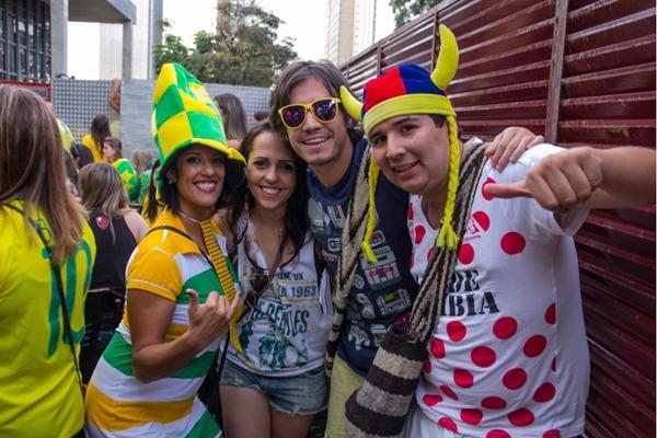 Brasileiras Thayna, Priscilla e mexicanos Carlos Vaderamo e Fred Guarín no Outro Calaf (Rômulo Juracy/Esp. CB/D.A Press)