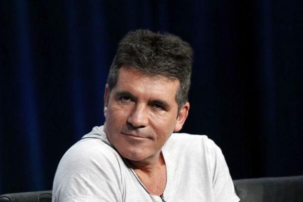 Simon Cowell virou alvo de internautas e amantes da música eletrônica (Reuters)