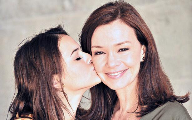 Protagonistas Bruna Marquezine e Júlia Lemmertz: afinadas (TV GLOBO/DIVULGAÇÃO)