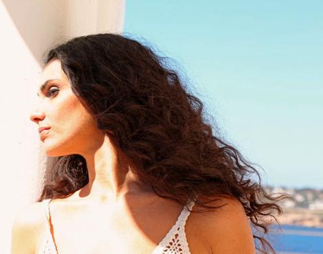 A cantora se apresenta com o show 'Marítimos' (Juan Martin/Divulgação)