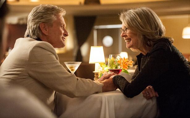 Michael Douglas se rende aos encantos de Diane Keaton em longa que chega ao Brasil em 31 de julho (PLAYARTE/FILMES)