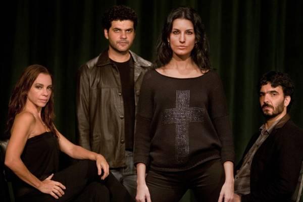 Entre os poucos atributos do espetáculo, a trilha sonora se destaca  (Dalton Valériuo/Divulgação)