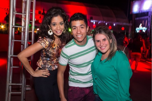 Elisângela Corrêa, Alex Freitas e Julia Moraes (Romulo Juracy/Esp. CB/D.A Press)