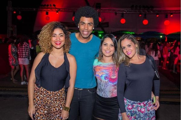 Izabela Borelli, Marvyn, Thaís Holanda e Larissa Brasil (Romulo Juracy/Esp. CB/D.A Press)
