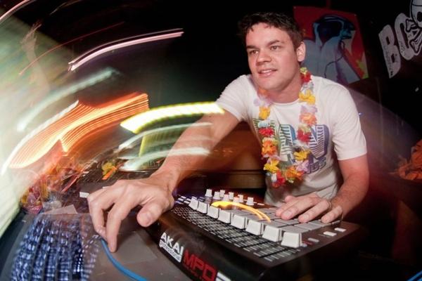 Músico e DJ João Brasil (I Hate Flash/Divulgação)