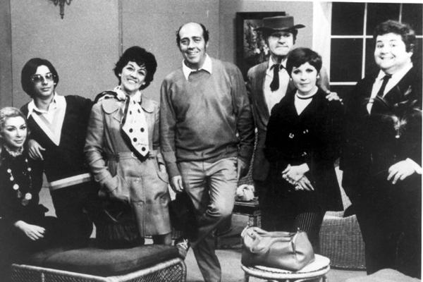 Família Trapo tinha Ronald Golias e Jô Soares no elenco (TV Record/Reprodução)