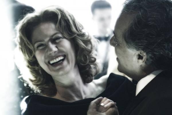 Patrícia Pillar e Tony Ramos em cena da novela O Rebu (Estevam Avelar/Globo)
