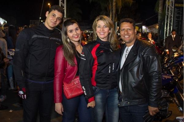 Gabriel Xavier, Lara, Lucinéia Cézar e Gilvan Santoso  (Romulo Juracy/Esp. CB/D.A Press)