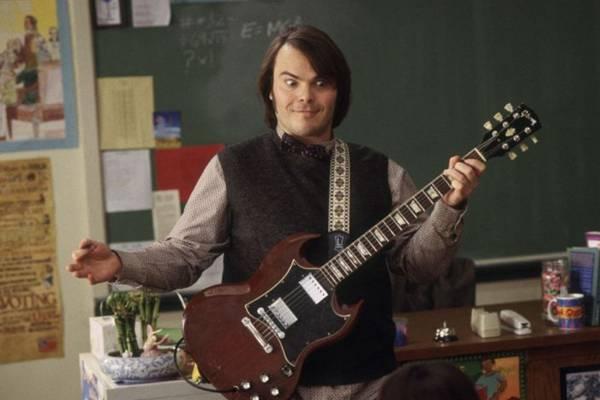 Ator Jack Black interpreta Dewey Finn, um falso professor substituto em uma prestigiada escola ( REUTERS/Paramount Pictures/Handout )