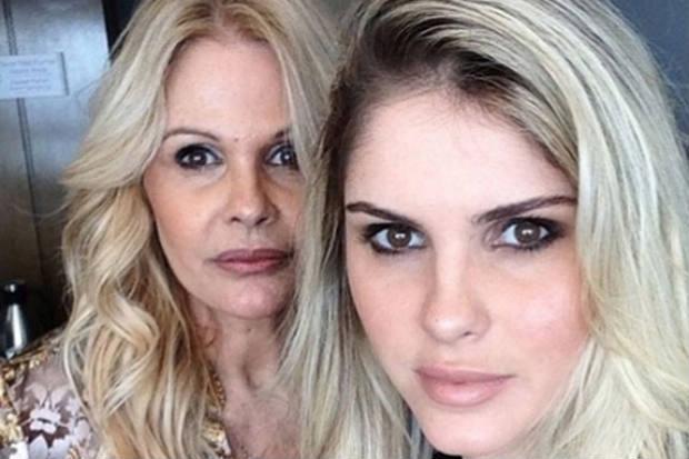Bárbara Evans e a mãe e ex-modelo, Monique Evans (Instagram/Reprodução)