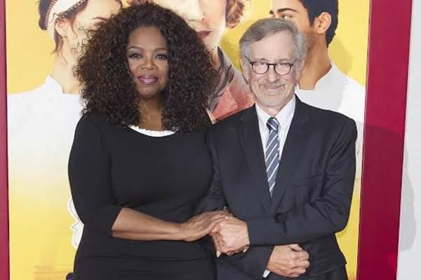 Os atores e produtores do longa se reuniram em Manhattan, Estados Unidos, para assistirem a primeira exibição (Carlo Allegri/Reuters)