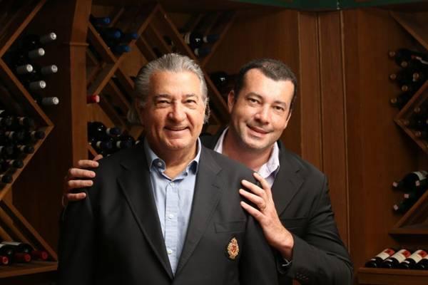 Marco Aurélio Costa (E) e Fabrício Costa: companheirismo dentro e fora da cozinha (Oswaldo Reis/Esp. CB/D.A Press)