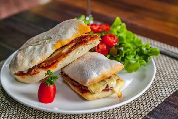 Jamon, sanduíches Café das 5 Forneria (Felipe Menezes/Divulgação)