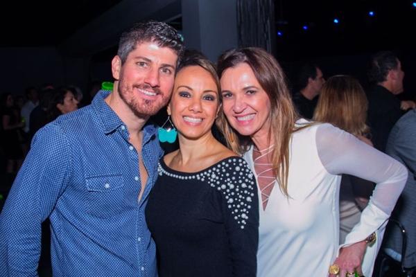 Bruno Apra, Emiliana Castejon e Kika Cardos (Romulo Juracy/Esp. CB/D.A Press)