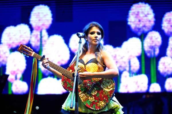 Além das novas músicas, não vão faltar canções de sucesso, como 'Pra você' (Antonio Cunha/Esp. CB/D.A Press)